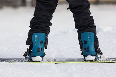 classic snowboard binding